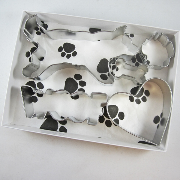 Husky Woof Five Piece Cookie Cutter Set + a Letter!