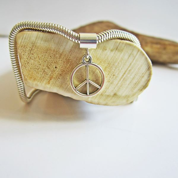 Small Peace Sign Silver-Plated European-Style Charm and Bracelet