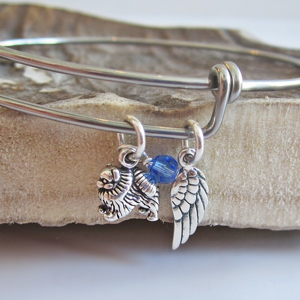 Pomeranian Mini Angel Wing Stackable Bangle Bracelet