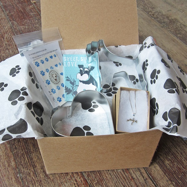 Schnauzer Lover Mini Gift Box