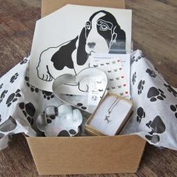 Basset Hound Lover Mini Gift Box