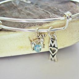 "Chihuahua Mom Stackable Bangle Bracelet (2.5""-3"")"