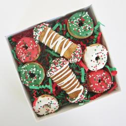 Mini Christmas Donut and Cannoli Dog Treat Set