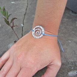 Open Spiral Thread Bracelet