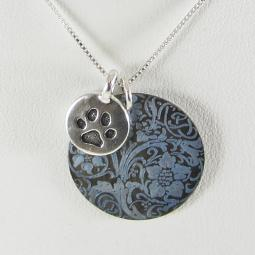 One-of-a-Kind Paw Print Le Fleur Shell Necklace