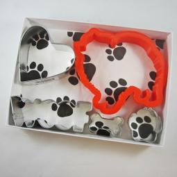 Pomeranian Woof Five Piece Cookie Cutter Set + a Letter!