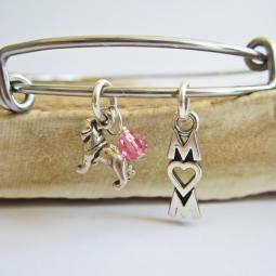 "Pug Mom Stackable Bangle Bracelet (2.5""-3"")"