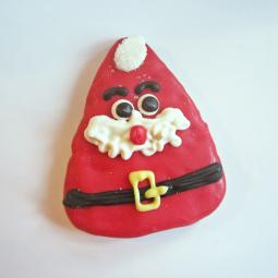 Medium Triangle Santa Claus Dog Treat