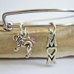 "Shar-Pei Mom Stackable Bangle Bracelet (2.5""-3"")"