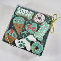 Mini 7 Piece St. Patrick Dog Treat Assortment