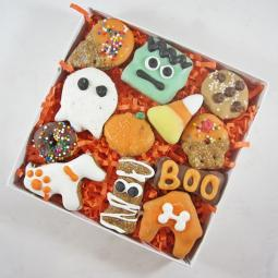12 Piece Halloween Dog Treat Assortment